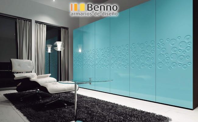 Serie Elegant 138 – Panel Pantografiado Lacado Azul